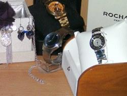 Außergewöhnlicher Schmuck und selten Uhren